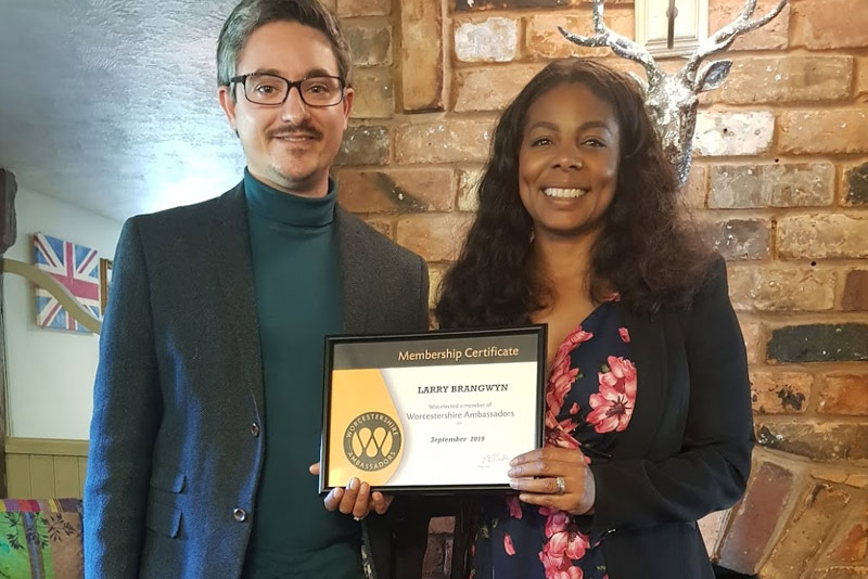 Noble Digital Managing Director Larry Brangwyn accepting his Ambassador certificate from Worcestershire Ambassadors Chair Julia Williams